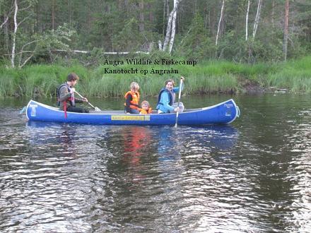 Met de kano op zoek naar Bevers